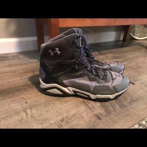 Under Armour Gore-Tex Boot Shoes Size 13